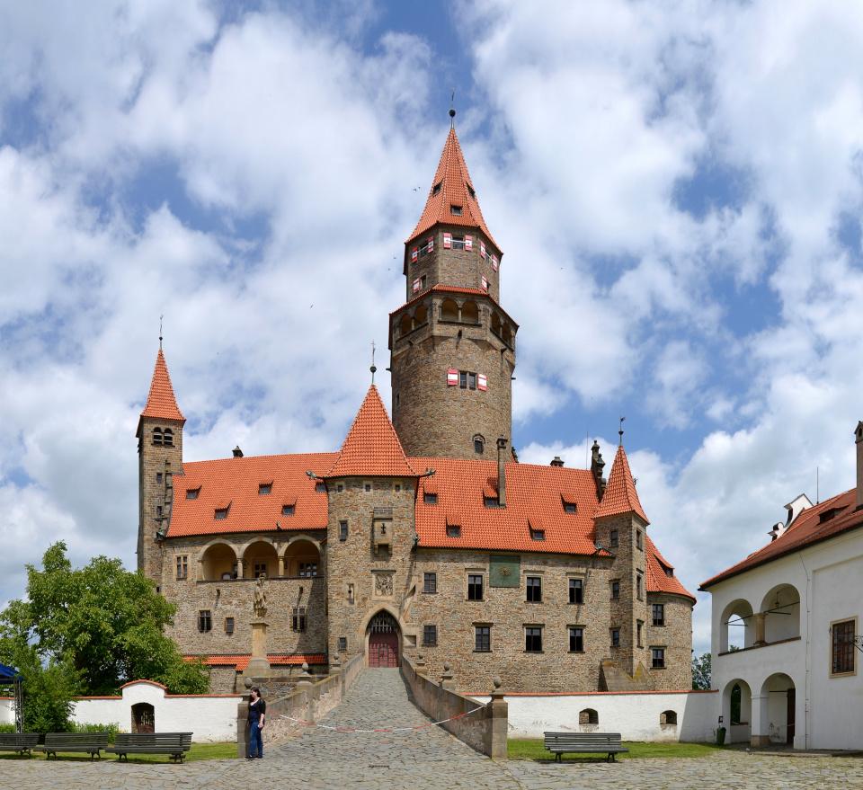 Burg Busau(Bouzov)©Pudelek