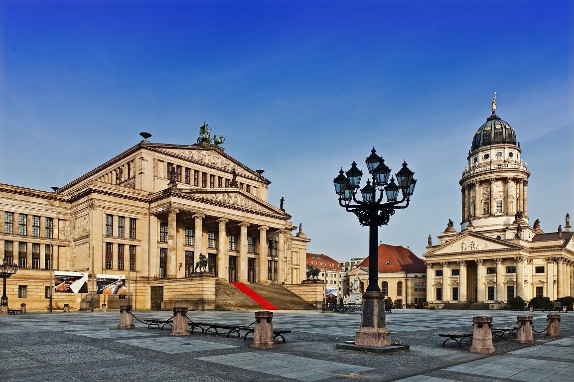 Berlin - Gendarmenmarkt mit mit Konzerthaus©www.pixabay.com